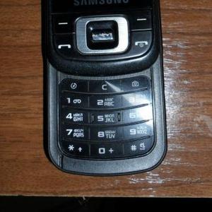 Продаю Samsung SGH C3110 б/у в отличном состоянии 2500р. возм.торг